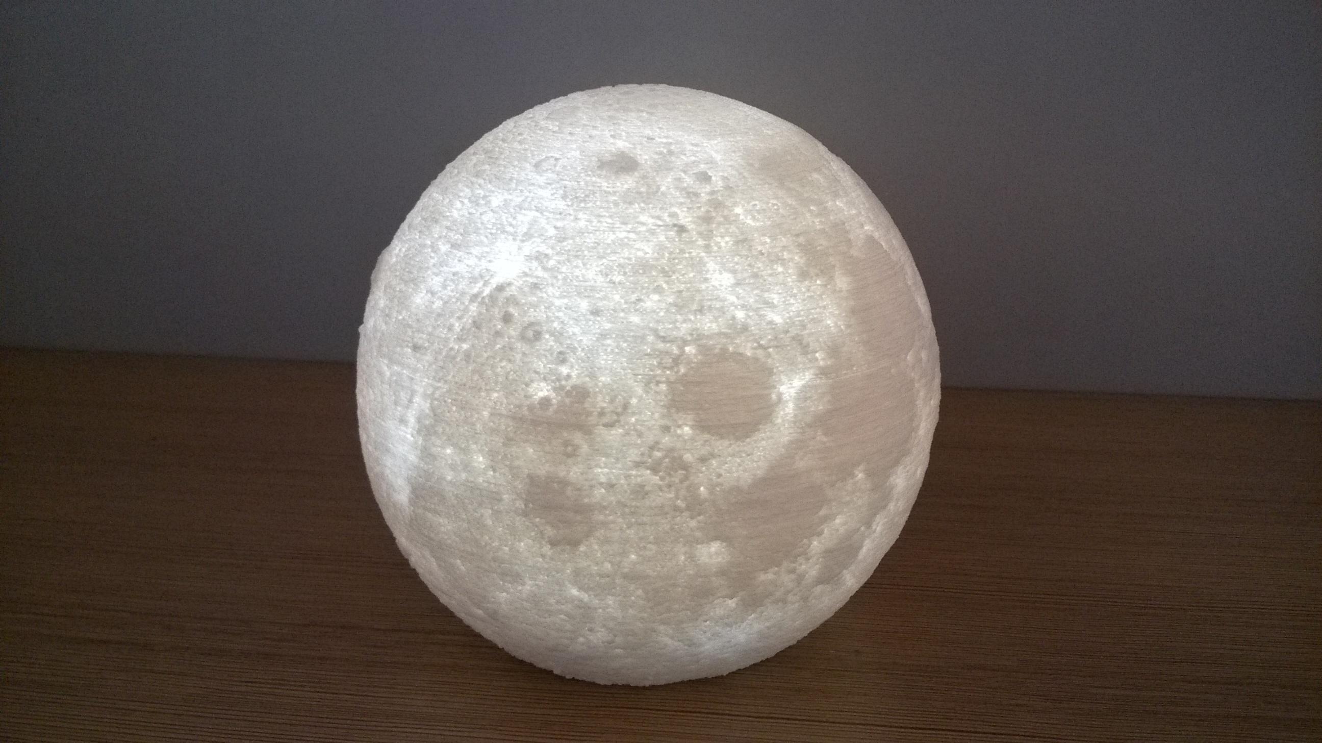 语音控制月球灯