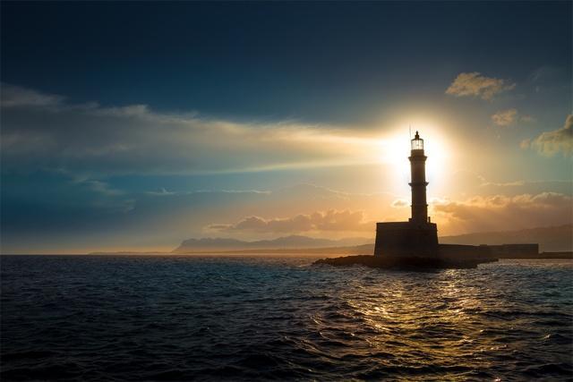 太阳能环保灯塔