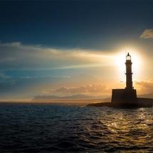 创客主题环境:太阳能环保灯塔