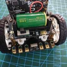 麦昆机器人创客作品推荐:麦昆小车巡线